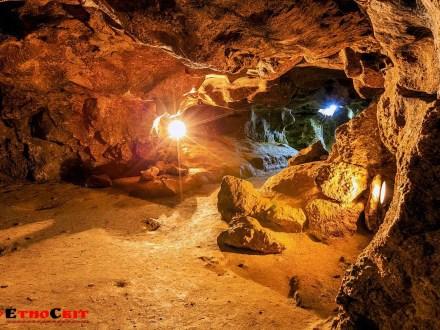 Печери Поділля / Кришталева печера