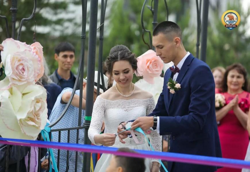 В Нефтеюганске отметили День семьи, любви и верности. Фоторепортаж.