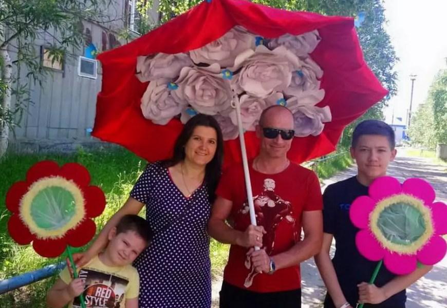 Необычно встретили День семьи, любви и верности жители поселка СУ-62.