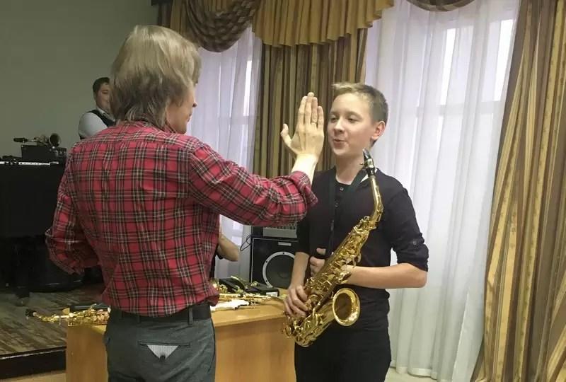 Московский саксофонист провел мастер-класс для учеников Д.Д.Т.