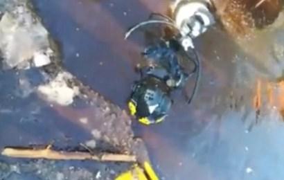 В Нефтеюганском районе под лед ушел экскаватор вместе с машинистом
