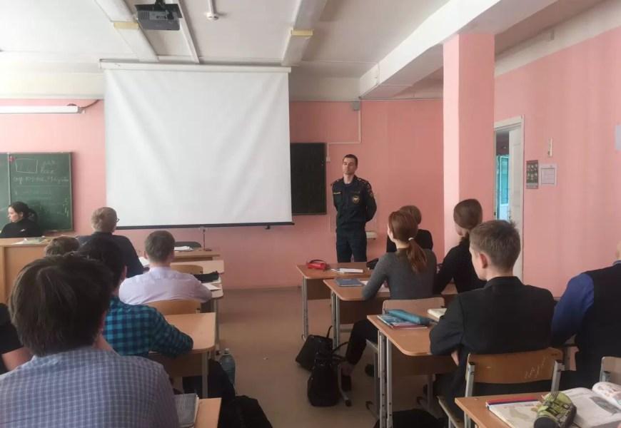 В школах Нефтеюганска проходят уроки мужества, посвященные 33 годовщине со дня ЧП на Чернобыльской АЭС