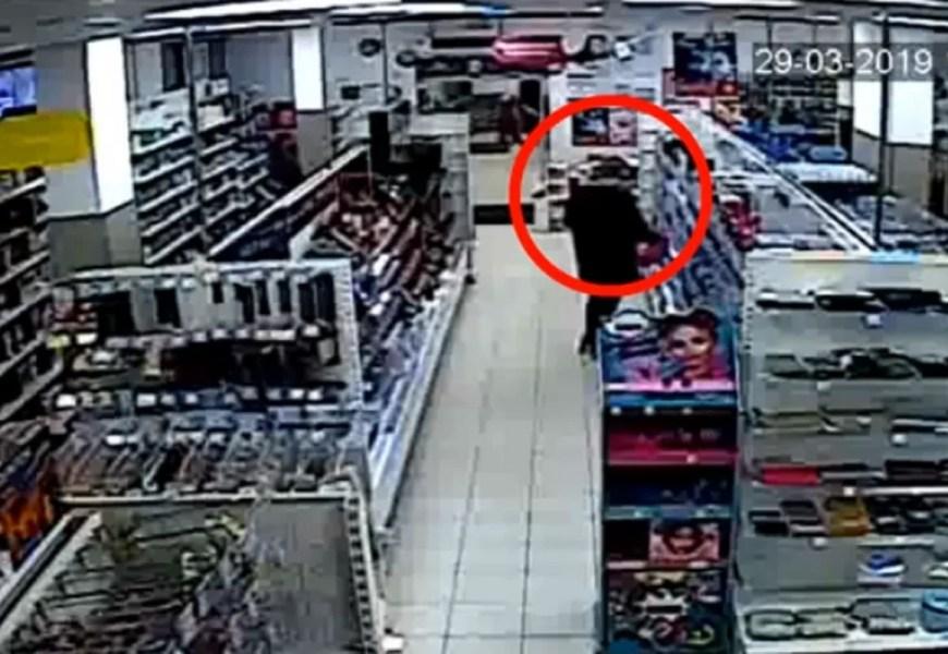 Жительница Нефтеюганска попалась на краже парфюма