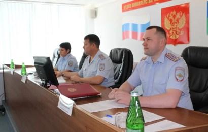 Полицейские Нефтеюганска подвели итоги служебной деятельности за I полугодие