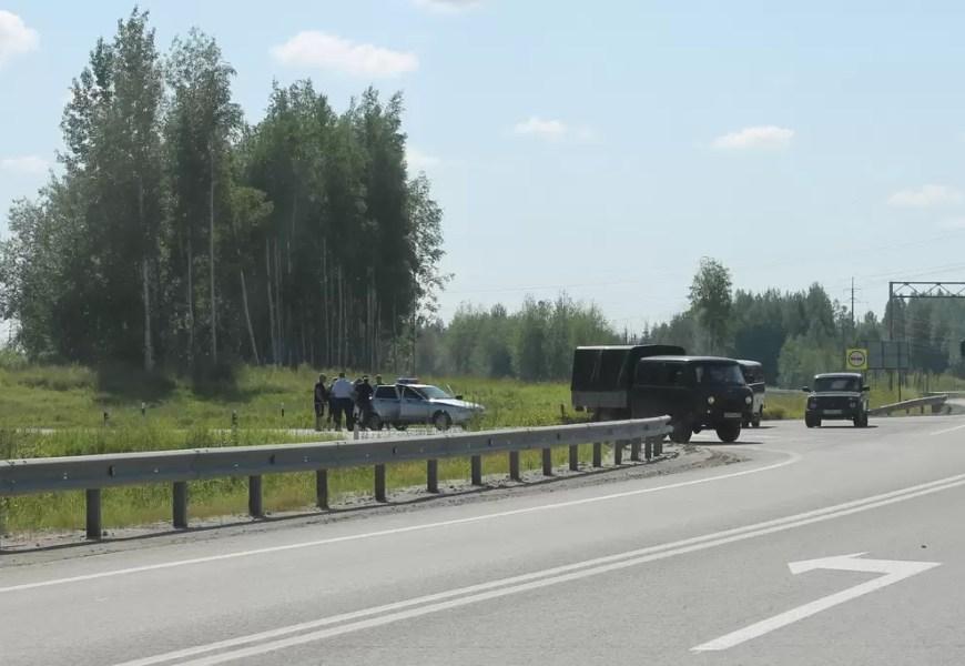 На трассах Югры из-за жары введут ограничение движения большегрузов