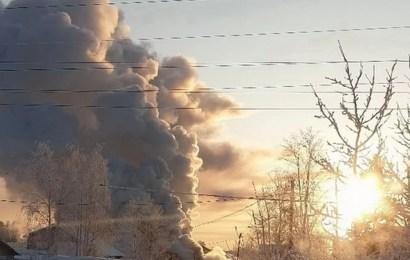 Где-то за городом, в районе 24-го куста, горели дачные дома…