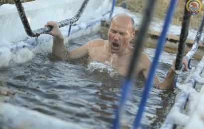 Погружаясь в ледяные воды…