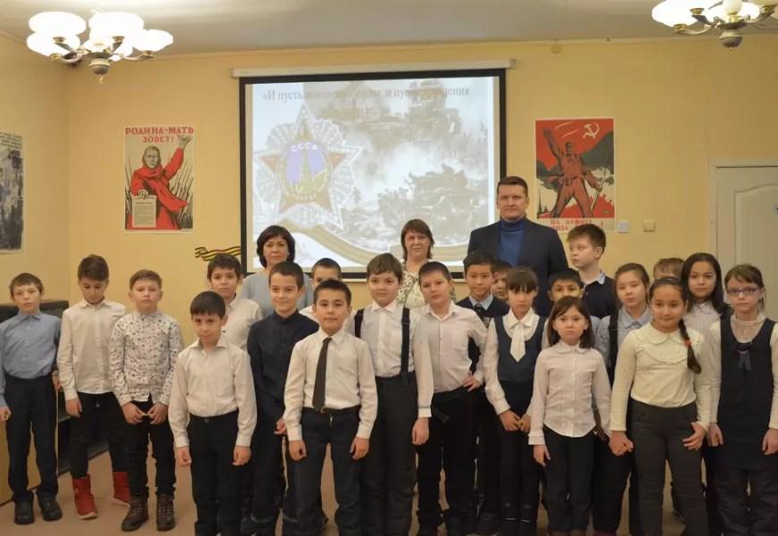 В Нефтеюганской библиотеке прошел час информации, посвященной 70-летию Победы