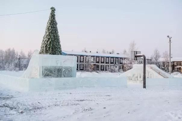 К концу декабря в Нефтеюганске возведут четыре ледовых городка.