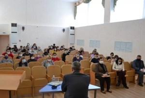 Глава города Сергей Дегтярев встретился с коллективом СОКШ №4.