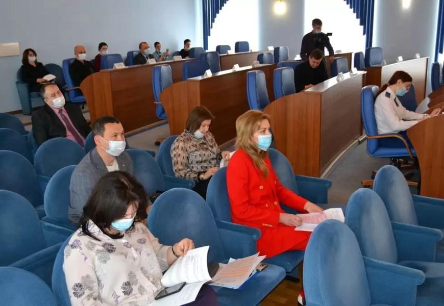 Сегодня состоялось заседание депутатской комиссии по городскому хозяйству.