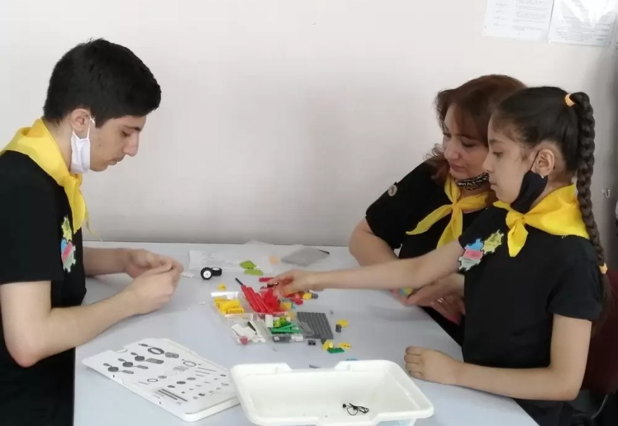 Третий семейный конкурс по легоконструированию прошел в Доме детского творчества города Нефтеюганска.