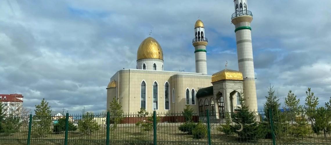 Мусульмане отмечают праздник Ураза-байрам