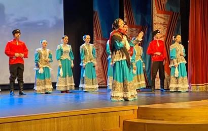 В КЦ «Юность» состоялся музыкальный спектакль «Шла Катюша по Европе».