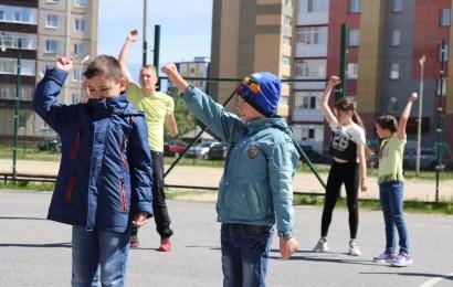 Спортивно танцевать – каждую субботу и воскресенье.