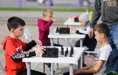 В Нефтеюганске планируют воспитывать профессиональных шахматистов