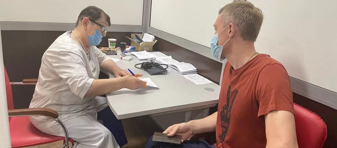 Путин заявил, что нельзя грозить увольнением за отказ прививаться от коронавируса