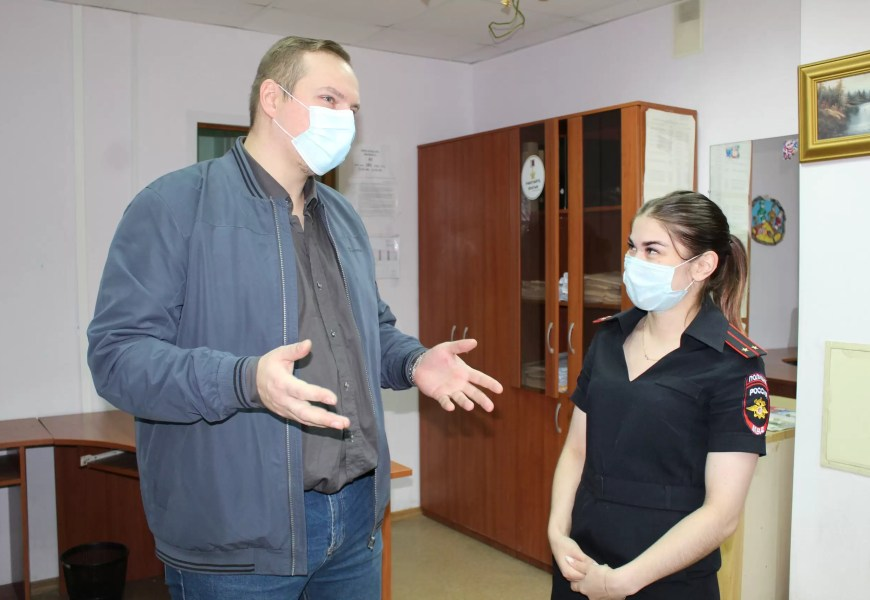 Общественники проверили Одел по делам несовершеннолетних г. Нефтеюганска.
