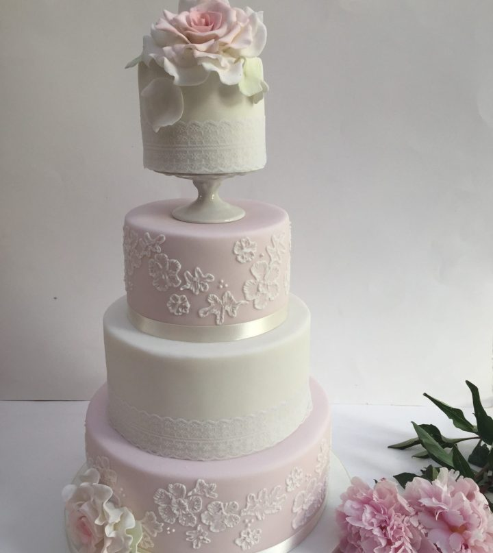 Lace and rose inspired wedding cake