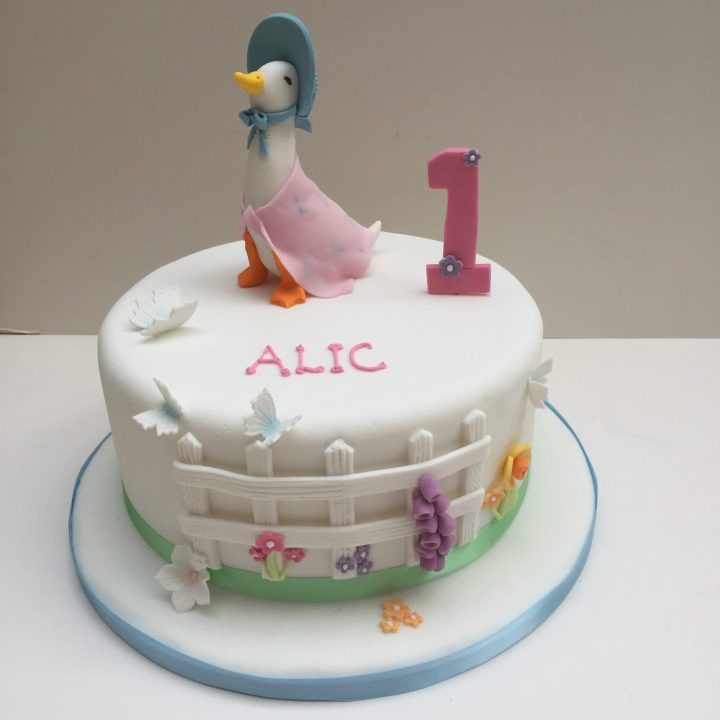 Jemima puddle duck cake