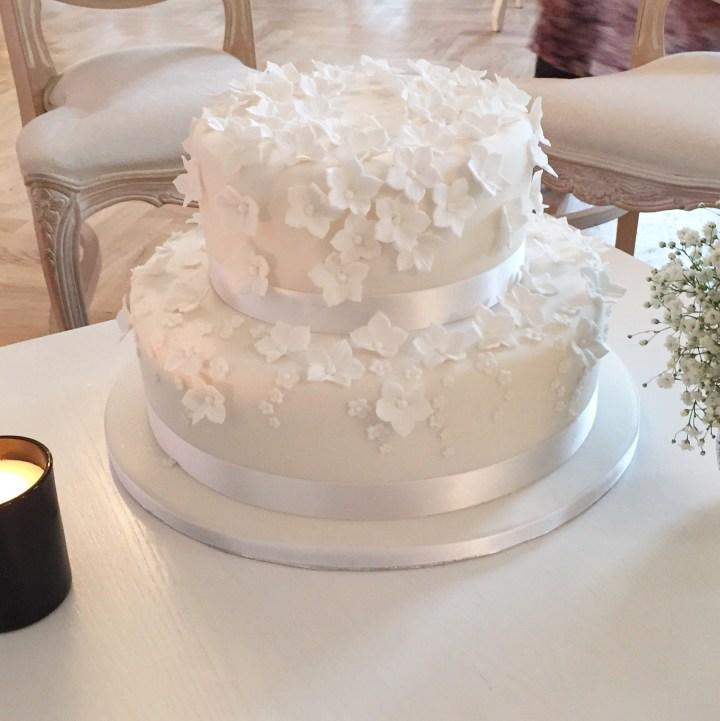 Small scatter flower wedding cake