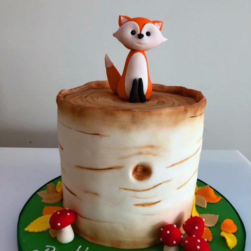 Fox and tree cake