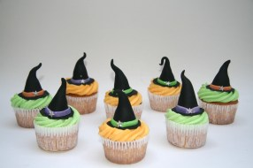 Witches hat cupcakes