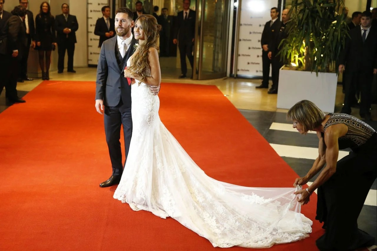 Shakira Attends Soccer Star Lionel Messi's Wedding With