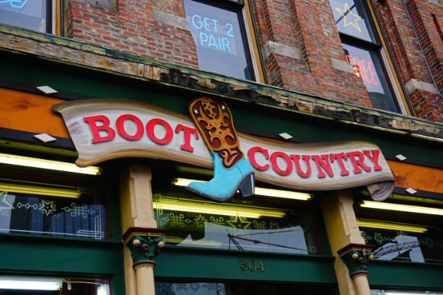 Un autre magasin de bottes