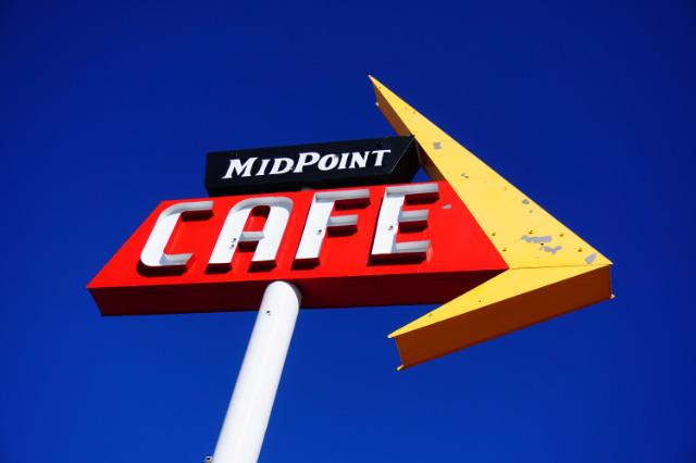 L'enseigne du Midpoint Café