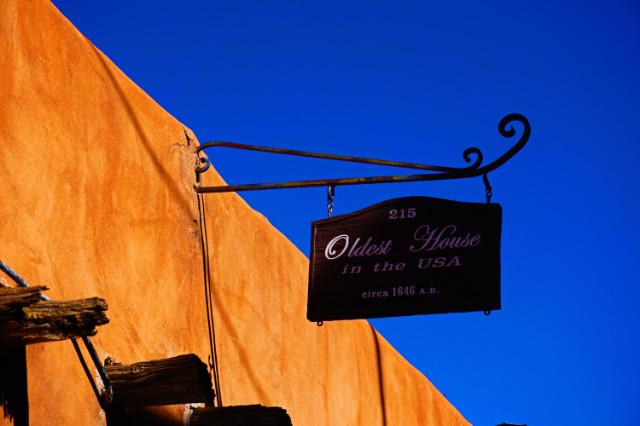 La plus vieille maison des États-Unis est à Santa Fe!