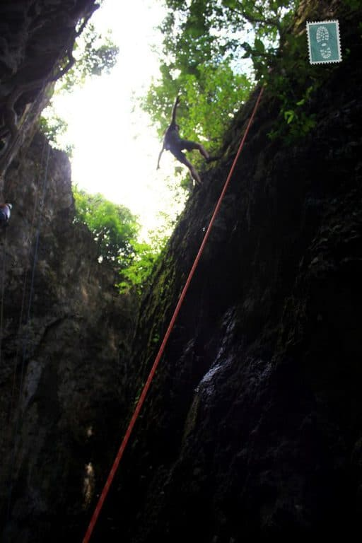 Rock Climbing in Vang Vieng, getting down