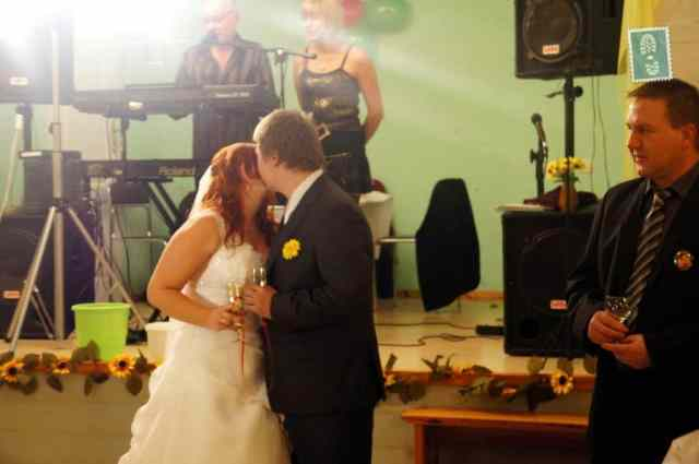 First kiss of just married couple