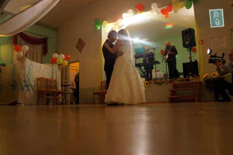 First dance of a just married couple