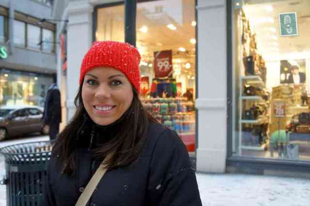 A smiling girl in Oslo
