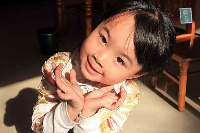 A very cute Chinese girl.