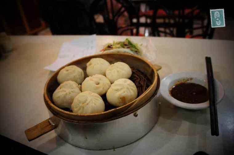 Chińskie pierogi jadane na śniadanie o nazwie baozi