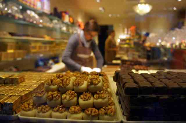 Bruges chocolate shop display