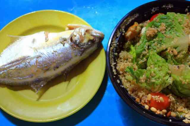 Grilled fish with quinoa salad