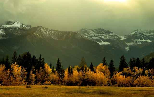 The autumn colors of Canada's Rocky Mountains
