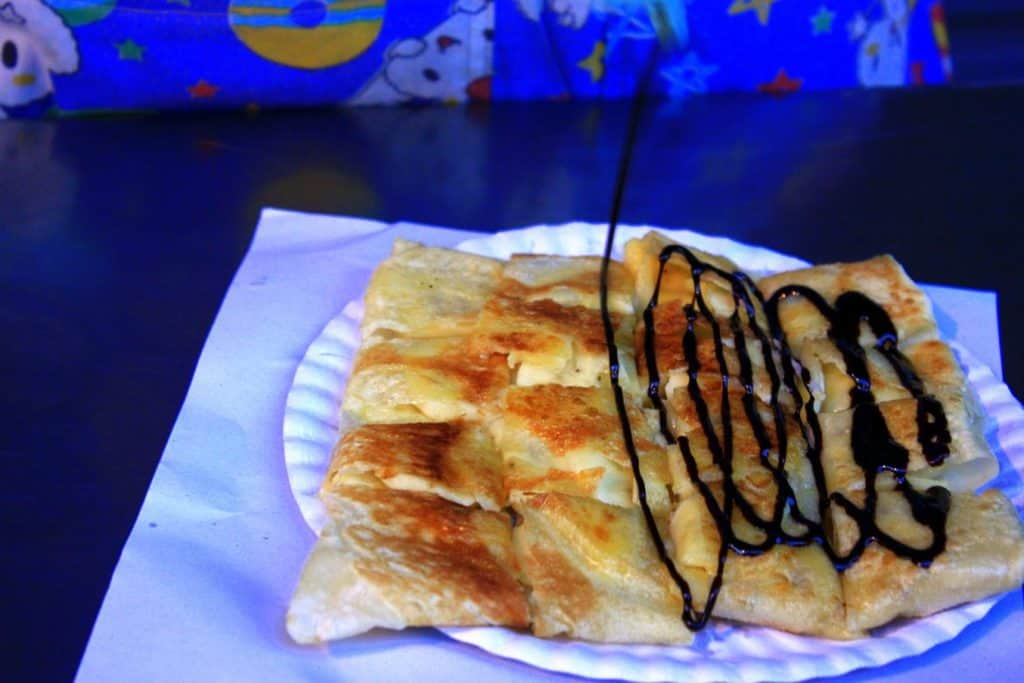 One of the most delicious street delicacies in Bangkok - Thai pancakes