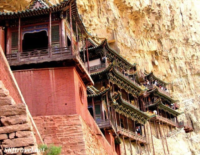 temple_hangingmonastery