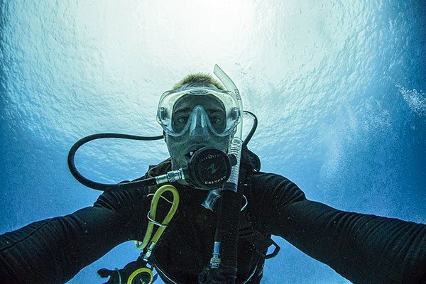 diving-selfie