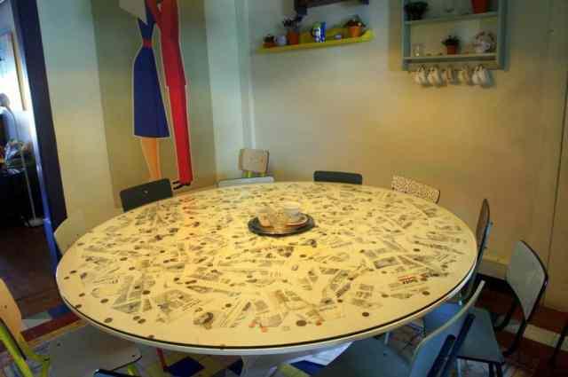 Dining room at Goodmorning Hostel