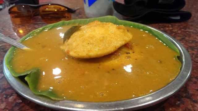 Ratna Cafe Idli Sambhar