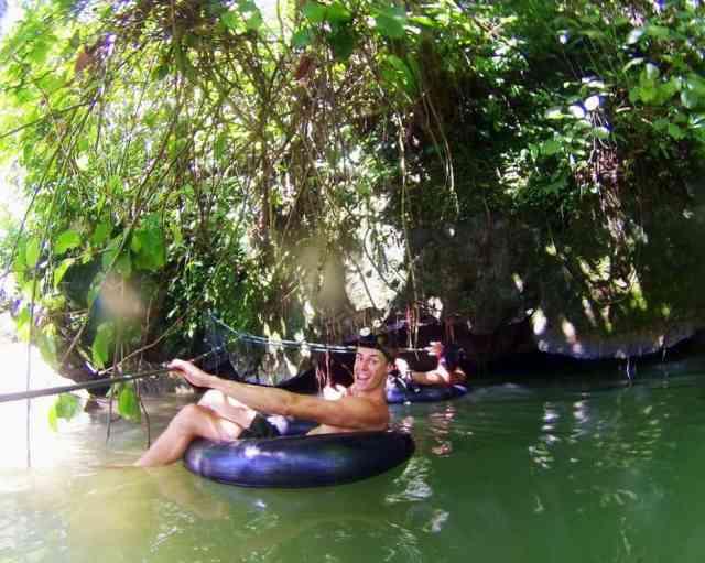 Jack-Cave-Tubing-in-Vang-Vieng