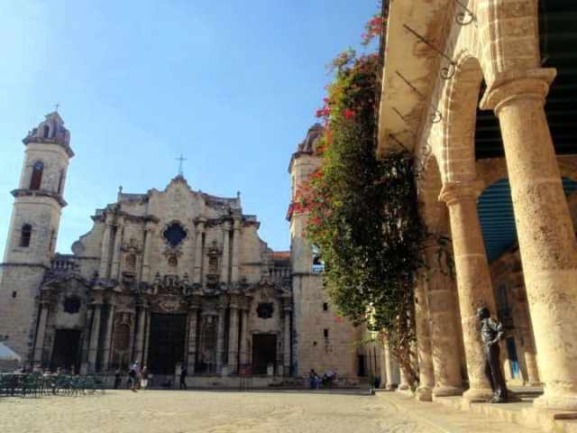 plaza de la catedral courtesy of Alessandro Abis 3