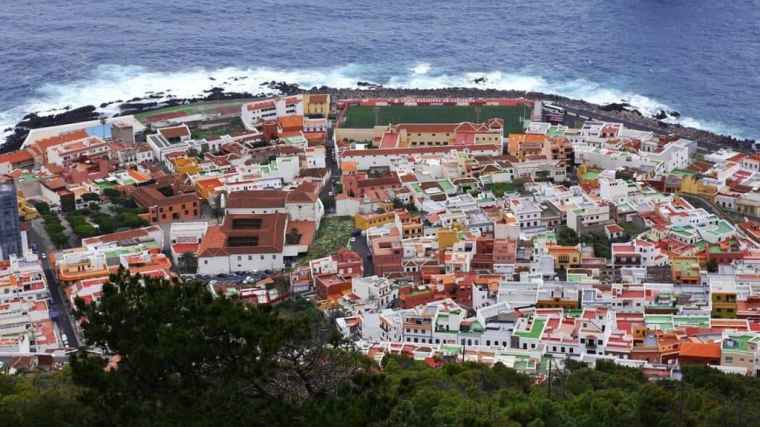 Stay in Tenerife