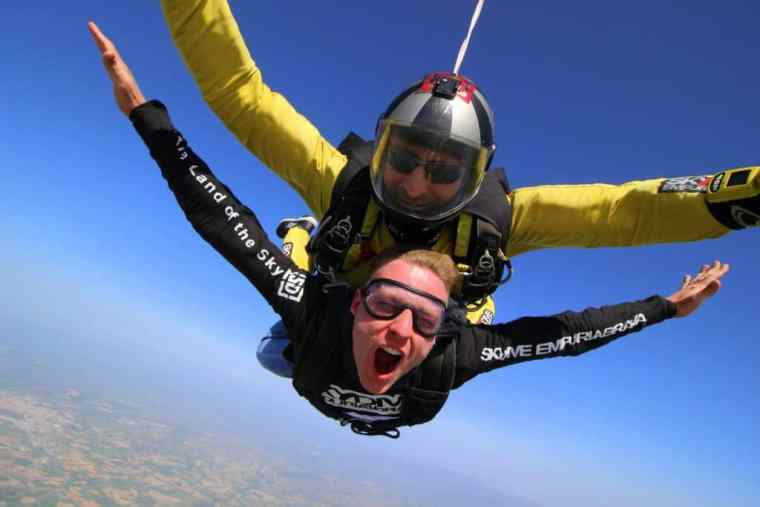 Skydiving in Girona and Costa Brava
