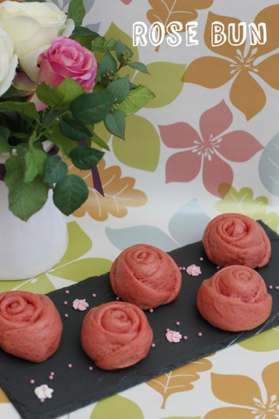 rose steam bun